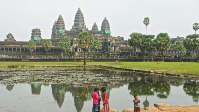 angkorwat_children